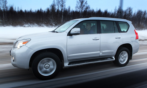 Toyota рекомендовала своим дилерам приостановить продажи модели Lexus GX 460