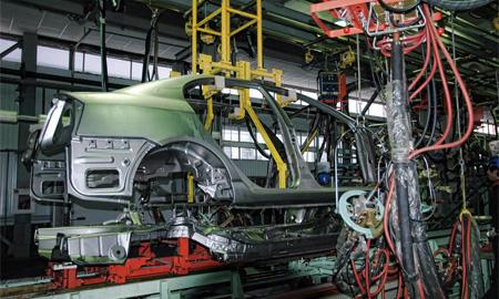 Новая сборочная линия на заводе «Дервейс» рассчитана на 100 000 автомобилей в год