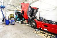 автосервис для грузовиков фото