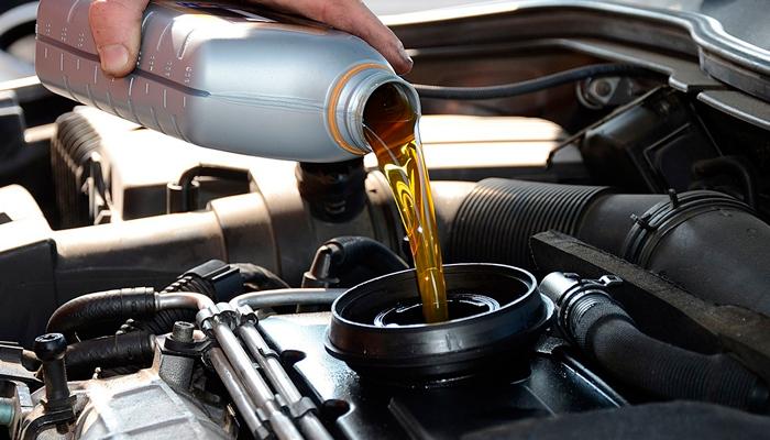 Какое масло заливать в ямз 236